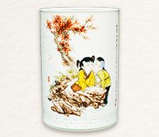 《秋声细语》粉彩装饰瓷瓶