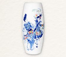 《名琴追月》青花颜色釉综合装饰瓷瓶
