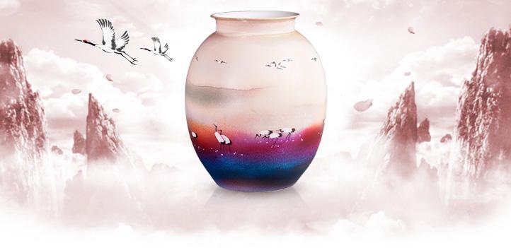 《怡然自得》颜色釉综合装饰瓷瓶